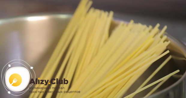 Рецепт пасты с морепродуктами в томатном соусе