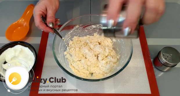 Если необходимо, то добавьте соли по своему вкусу