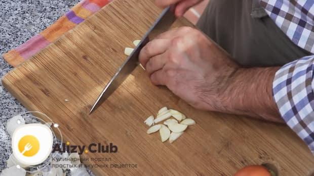 Готовим чесночный соус: простой рецепт