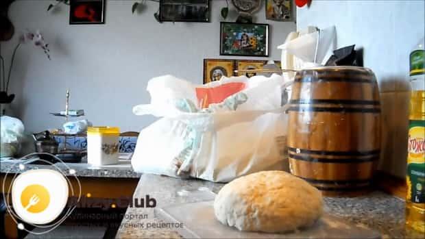 Смотрите как готовить хлеб на кефире без дрожжей в духовке