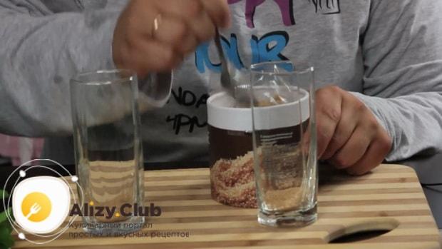Для приготовления алкогольного мохито в домашних условиях, по рецепту нужно положить сахар