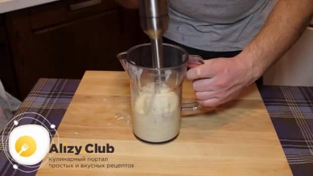 Классический соус цезарь приготовленный по простому рецепту готов.