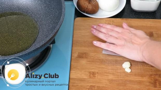 Готовим макароны с грибами в сливочном соусе по простому рецепту