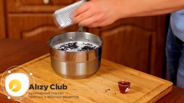 По рецепту для пригготовления чая масла на молоке, добавьте имбирь