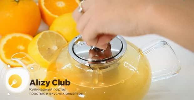 По рецепту для приготовления имбирного чая с лимоном и медом. подготовьте заварник