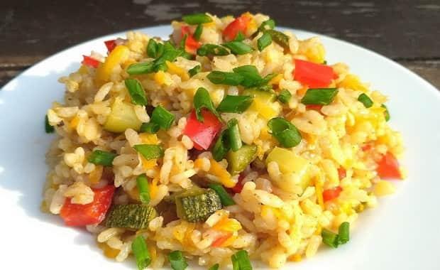 Как приготовить рис с овощами на сковороде по пошаговому рецепту с фото