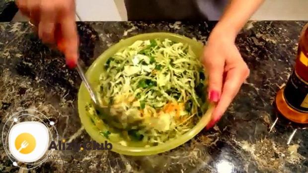 Все о том что добавить в салат из квашеной капусты