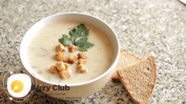 Вкусный суп из шампиньонов свежих с картофелем готов