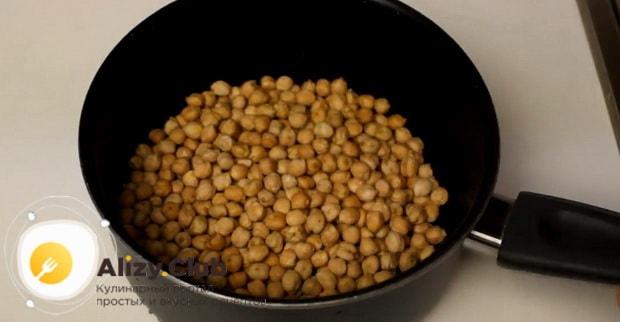 Для приготовления закуски к пиву в домашних условиях, отварите горох