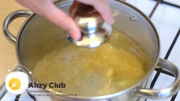 смотрите как приготовить жидкую рисовую каша на воде