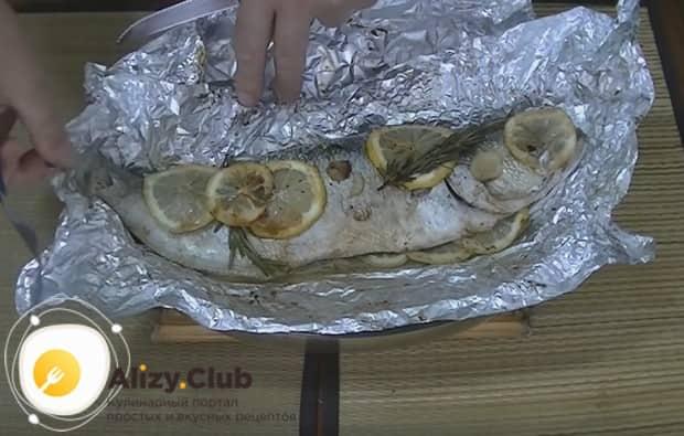 Ароматная рыба готова!