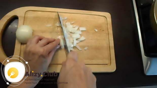 салат с грибами шампиньонами жареными