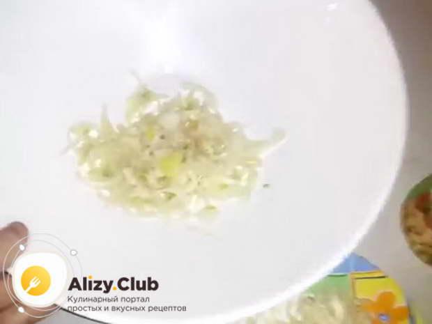 салат с грибами маринованными опятами