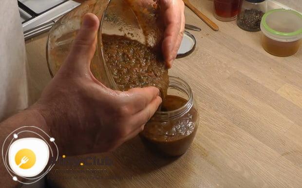 Закрываем на зиму соус сацебели из помидор по пошаговому рецепту