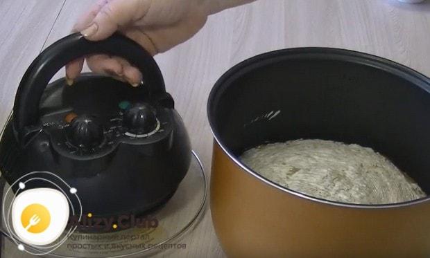 Зарумянить блюдо можно при помощи крышки гриль.