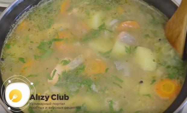 Попробуйте приготовить ароматный рыбный суп из форели по нашему рецепту с фото!