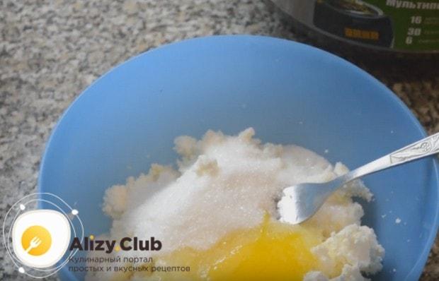 Надеемся, вам нравятся наши рецепты с фото сырников в мультиварке.
