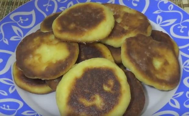 Как приготовить сырники в мультиварке по пошаговому рецепту с фото