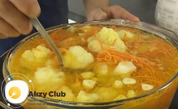 Цветная капуста по-корейски по такому рецепту будет готова уже через 5-6 часов.
