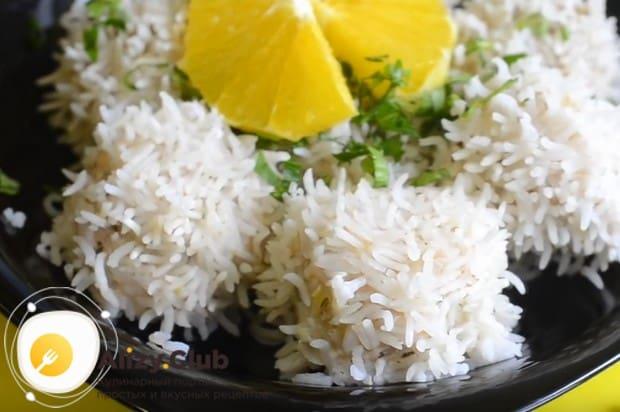 Ежики с рисом по этому рецепту наверняка понравятся детям.