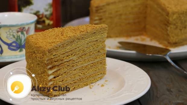 Вкуснейший торт медовик приготовленный по пошаговому рецепту с фото готов.