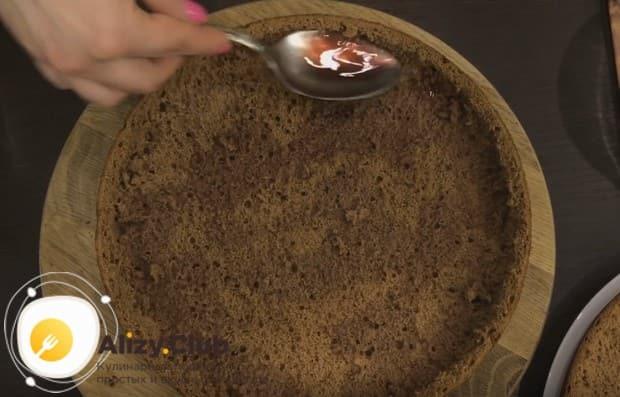 """Корж для такого торта """"Пьяная вишня"""" можно приготовить в мультиварке."""