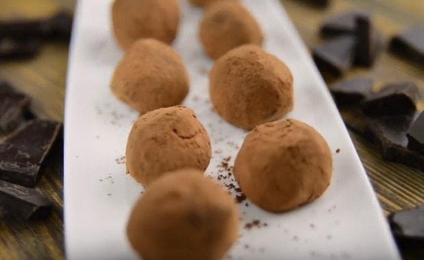 Пошаговый рецепт приготовления трюфельных конфет с фото