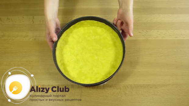 Замороженное тесто ставим в духовку на 15 минут