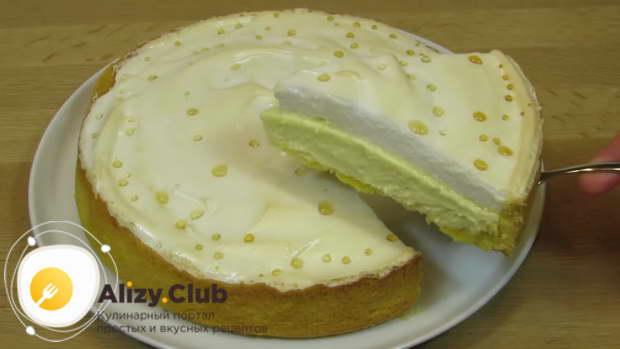 Советую подавать торт целым и только потом разрезать на порционные кусочки