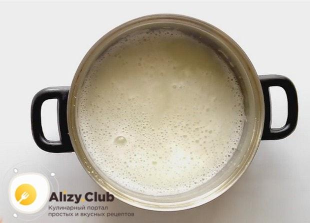 Рецепт заварных пирожных с заварным кремом считается классическим.