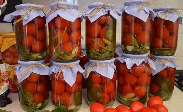 Как заготовить помидоры в яблочном соке на зиму по пошаговому рецепту с фото