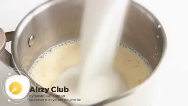 Для приготовления торта полет, добавьте сахар