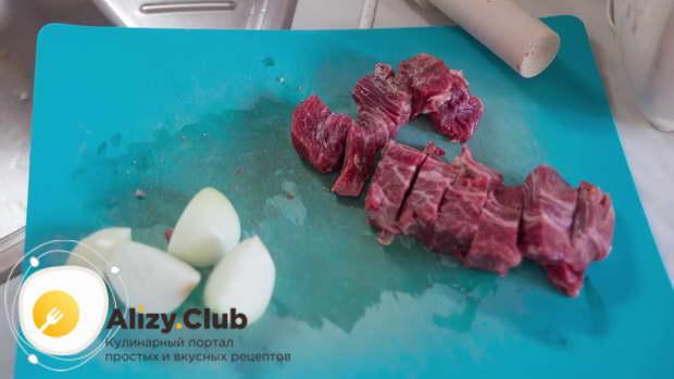 Для супа с фрикадельками сделайте домашний фарш из отборного мяса говядины