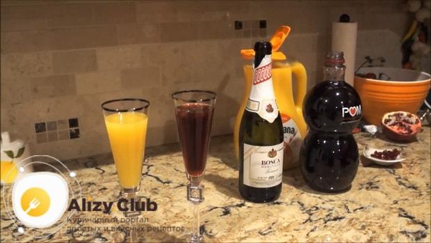 Для приготовления коктейля мимоза по классическому рецепту, подавайте напиток с трубочкой.
