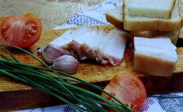 Самый вкусный рецепт сала в холодном и горячем рассоле с фото