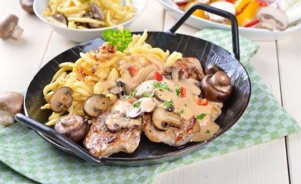 Рецепт свинины с шампиньонами
