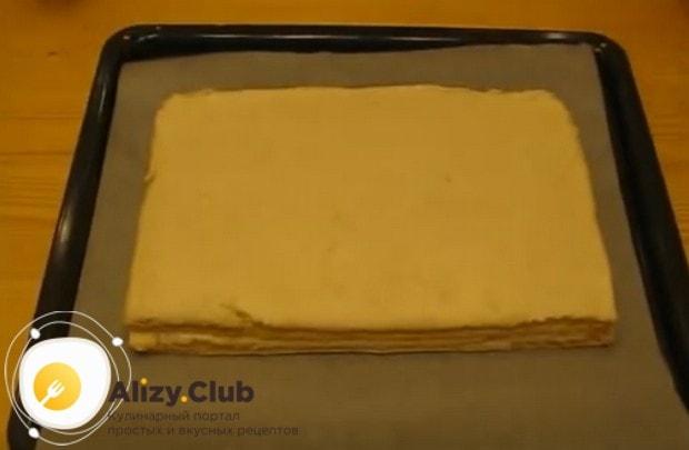 """Сушим получившийся """"тортик"""" в духовке."""