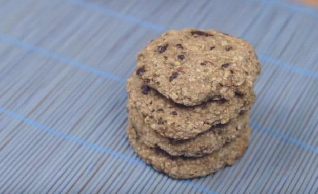 Как приготовить диетическое и постное овсяное печенье по пошаговому рецепту с фото