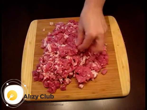 Рецепт домашней колбасы из свинины на сковороде