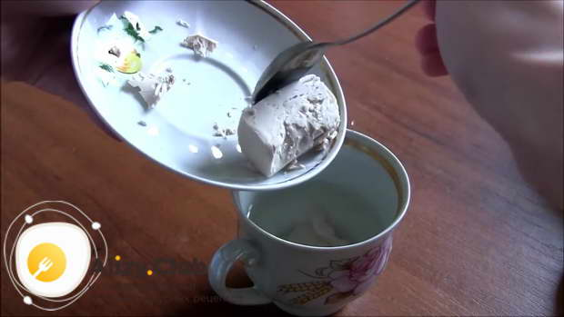 Дрожжевое тесто на кислом молоке