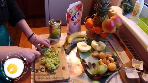 рецепт фруктового салата с йогуртом для детей
