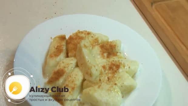 По рецепту для приготовления галушек подготовьте ингредиенты