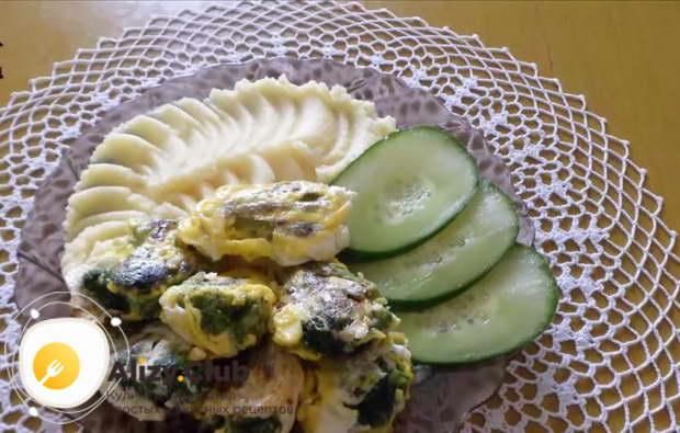 Как подавать брокколи жареную с яйцом