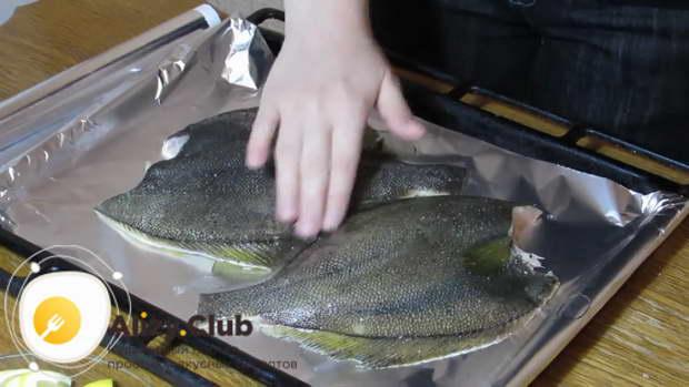как готовить камбалу в духовке