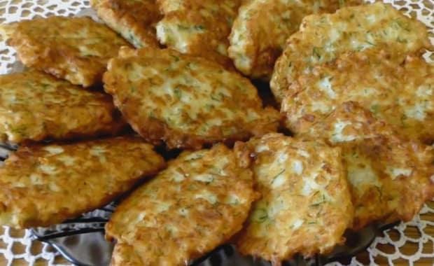 Пошаговый рецепт приготовления капустных оладий с фото