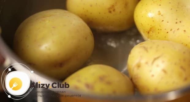 Смотрите как вкусно сварить картошку в кастрюле