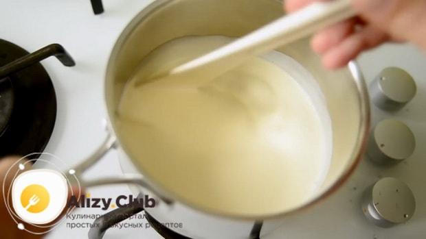 По рецепту для приготовления крем-брюле в домашних условиях подогрейте сливки