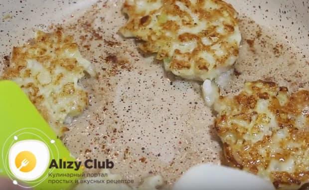 Приготовьте котлеты, рубленные из куриных грудок, с майонезом по нашему рецепту с фото, и вам обеспечен сытный и вкусный ужин.