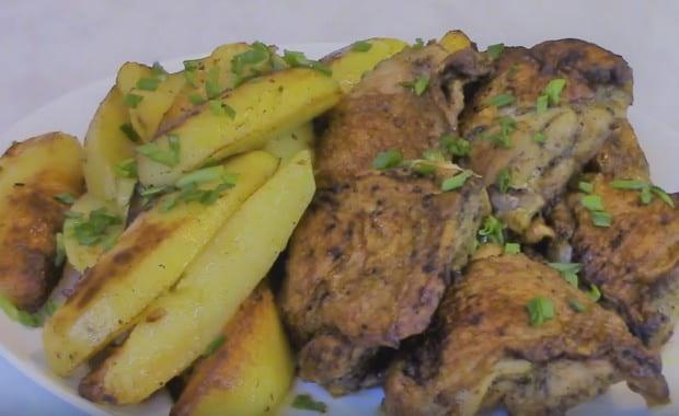 Рецепт приготовления куриных бедер на сковороде