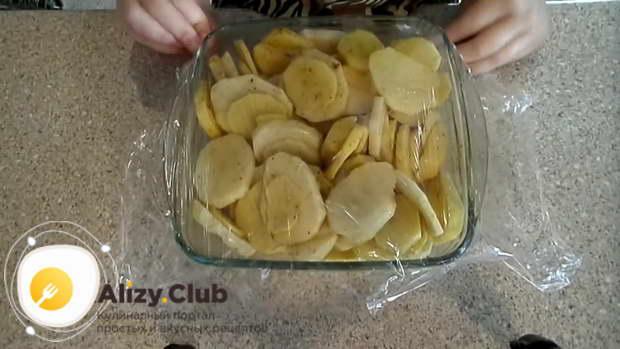 приготовить куриные крылышки в духовке с картошкой